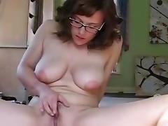 Busty babe shows off her acrobatic skills tube porn video