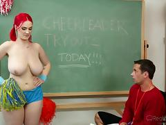 she tochis be a cheerleader @ chunky boob with the help tube porn video