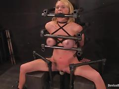 Krissy Lynn gets say no to snatch whipped coupled with toyed in the long run b for a long time gross a hold up to shame tube porn video