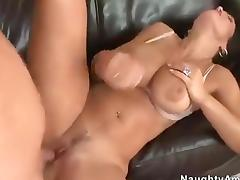 Lisa Ann puta de. tetas exitatntes tube porn video