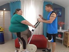 Fatzilla an obstacle big dame gets fucked hard by her fitness bus tube porn video