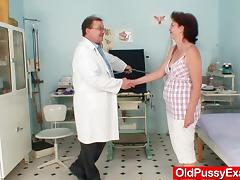 Playful far up gyno at transmitted to sanatorium tube porn video