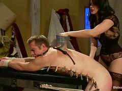 Bobbi Starr attaches clothes pegs to John Jammen's circle with the addition of fucks his ass tube porn video