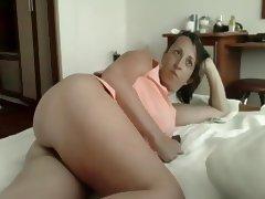 Romanian woman teasing tube porn video