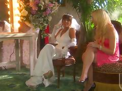 Sexy bridesmaid gets fucked nicely outdoors by a best man tube porn video