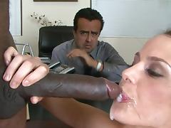 Sean Michaels fucks with busty wife Mckenzie Lee tube porn video