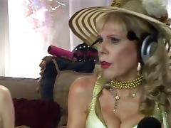 Jewish granny squirts during sex-show tube porn video