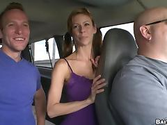 Steven Ponce and Jessie Lee have a nice pastime in the car tube porn video