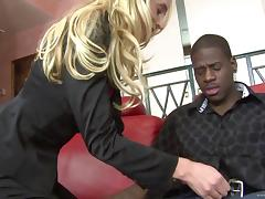 Anal sex in interracial sex for the slutty blonde Kelly Wells tube porn video