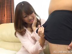 Alluring Japanese AV model makes a handjob and deepthroats tube porn video