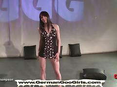Brunette MILF is an expert when it comes to bukkake gangbang tube porn video