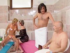nat mature tube porn video