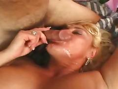 Busty Mature With The Italien tube porn video